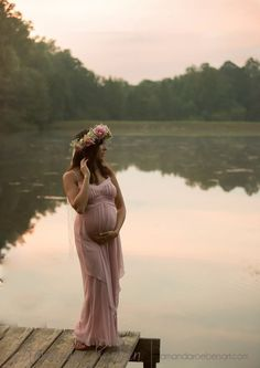 Ideas and inspiration pregnancy and maternity photos Picture Description Boho maternity, flower crown, lake, sunset, maternity