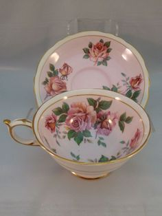 TEA CUP/SAUCER, RED ROSES PAINTED