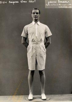 Pierre Imans   Figures de Cire et mannequins d'Art. Un jeune garçon. Triage ar