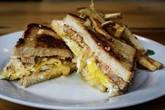 Grilled Pimento Cheese, Andouille, and Fried Egg Sandwich – Mondo (Lakeview) | 23 Truly Unbelievable Dishes Found Only In NOLA