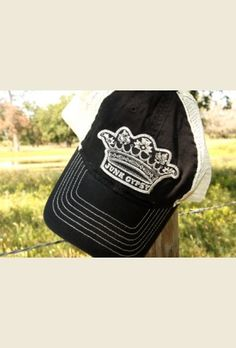 JG CroWN BLaCK TRuCKER CAP