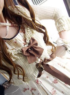 Birdcage Necklace #lolita #classic #classiclolita #birdcage #necklace #jewelry #bolero #dress #onepiece #floral #brown #gloves #bows