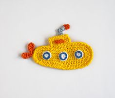 Padrão Crochetar - Applique Submarino Amarelo -  /   Crochet Pattern - Yellow Submarine Applique -