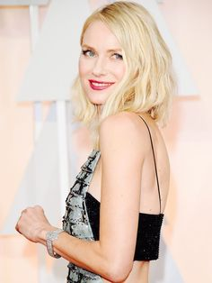 Naomi Watts' Trainer Shares 5 Moves for Killer Abs