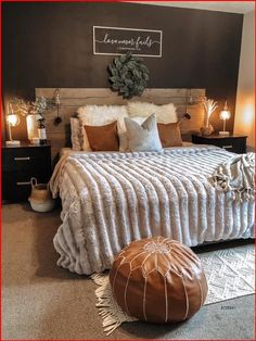 Room Ideas Bedroom, Dream Bedroom, Home Decor Bedroom, Cozy Master Bedroom Ideas, Dark Master Bedroom, Western Bedroom Decor, Bedroom Furniture, Western Rooms, Bedroom Decor For Small Rooms