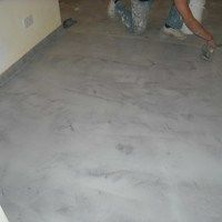 Los pisos de cemento pulido tan comunes en lugares de alto trfico