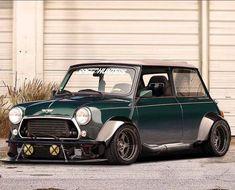 Mini Cooper Custom, Mini Cooper Classic, Classic Mini, Classic Cars, John Cooper Works, Minis, Mini Morris, Gta, Mini Copper