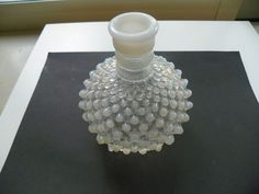 WHITE CLEAR OPALESCENT HOBNAIL MOONSTONE BUD FLOWER VASE  #Unknown