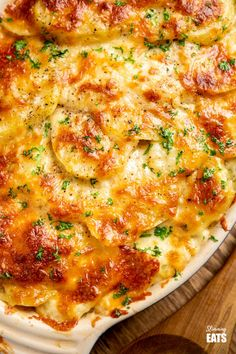 Delicious Cheesy Leek and Potato Bake - easy to make and perfect to enjoy as a side dish or even a main course. Gluten Free, Vegetarian, Slimming World and Weight Watchers friendly Slimming World Vegetarian Recipes, Tasty Vegetarian Recipes, Healthy Recipes, Slimming Recipes, Vegetarian Roast, Vegetarian Cooking, Yummy Recipes, Leek Recipes, Vegetable Recipes