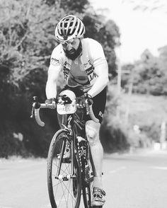 #race #jawapos #jawaposfoto #jawaposcycling #stravacycling #strava #roadcycling #cyclingrace #cyclinglife #cyclist  #eastjava #indonesia #norwegian #granfondo #kingofthemountain by einar.cycling
