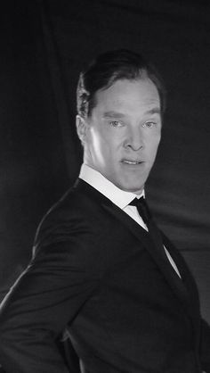 I love what you're doing with your face. Never change you sweet soul......BWAHAHAHAHA lol gotta love the funny face making dorkybatch xD