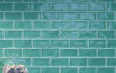Perini Tiles- Tavola subway tiles in brilliant aqua colour!love this color for the bathroom. Green Subway Tile, Subway Tiles, Tiny Bath, Glazed Tiles, Glazed Ceramic, Traditional Tile, Tiles Online, Aqua Color, Bright Colours