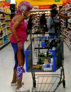 Meanwhile Funny People Of Walmart - 45 Pics -10