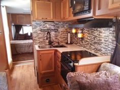 40 Top RV Wheels Kitchen Hacks Makeover and Renovations Tips Ideas to Make Your Road Trips Awesome - Best Home Decorating Ideas Travel Trailer Remodel, Travel Trailers, Travel Camper, Rv Interior, Interior Ideas, Motorhome Interior, Smart Tiles, Rv Makeover, Cheap Bathrooms