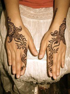 Hot Bridal Mehendi Designs By Falguni Rajpara 2013 Images For Legs Designs 3 Pics HD: Mehndi Designs For Wedding Hands