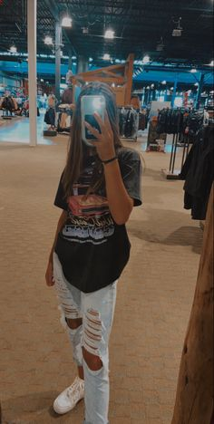 Skater Girl Outfits, Cute Comfy Outfits, Teen Fashion Outfits, Cute Casual Outfits, Retro Outfits, Simple Outfits, Outfits For Teens, Stylish Outfits, Fall Outfits