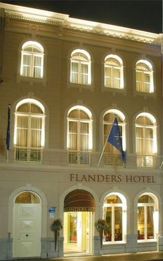 Hotel Flanders in Brugge, Belgium Mansion Hotel, Luxury Accommodation, Beautiful Hotels, Belgium, Netherlands, Castle, Mansions, Country, House Styles