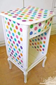 Sweet nightstand for a little girl's room