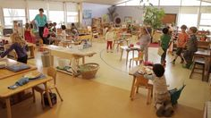 Transitions. Capturing ordinary days in Montessori environments.