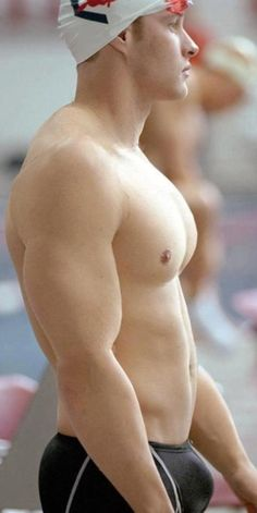 All things sports gear … swimmers, wrestlers, football players, jockstraps, speedos and spandex! http://jockbrad.tumblr.com/