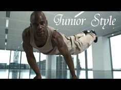 B-boy Junior Style - He is just freakishly strong!
