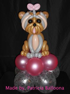 Balloon Sculpture, Yorkshire Terrier On Pillow Gift Piece Balloon Dog, Balloon Animals, Balloon Decorations, Balloon Ideas, Host A Party, Yorkshire Terrier, Yorkie, Balloons, Sculpture