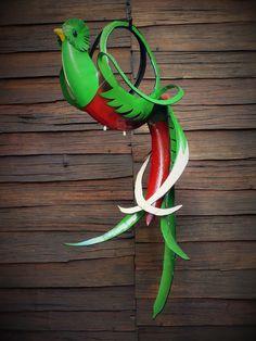 Quetzal (neumático reciclado) US $ 65