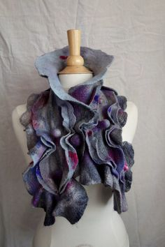 Felted scarf made on a workshop with the lovely Annemie Koemen