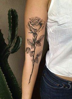 Single stem rose tattoo - List of the most beautiful tattoo models Hand Tattoos, Dope Tattoos, Arm Tattoo, Body Art Tattoos, Small Tattoos, Tattoo Wave, Tattoo Music, Snake Tattoo, Tiny Tattoo
