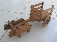 YouTube Wood Projects, Woodworking Projects, Bullock Cart, Wood Cart, Cattle Panels, Rustic Log Furniture, Christmas Yard Art, Handmade Wooden Toys, Wood Gifts