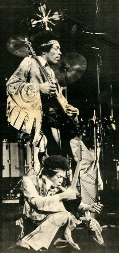 Jimi Hendrix. Photos by Raeanne Rubinstein.