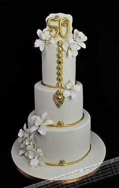 @KatieSheaDesign Likes--> #Cake   50th wedding anniversary cake by Design Cakes, via Flickr