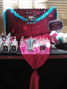 Awesome Monster High spooky spa party....Im thinking this could be incorporated into a Halloween party sleepover and grown up a bit for teens!!??