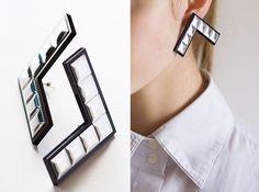 Vu earrings