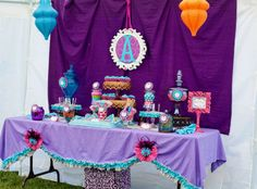 PRINCESS JASMINEPARTY- great dress up ideas  and fun display-- use as template for ANY Princess party!!!!