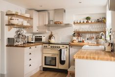 Enjoy boutique luxury at Kitty's Cottage - St Agnes. Boutique Retreats, St Agnes, Kitchen Remodel, Small Spaces, Saints, Kitchen Cabinets, Cottage, Kitty, Luxury