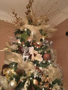 #christmastree Christmas Tree in my Dining room #treetopper