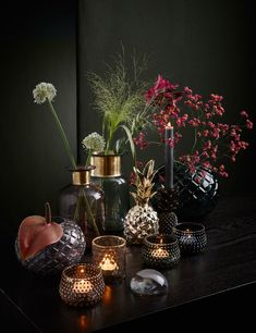 Home decoration with a touch of extravagance! This fall, shiny materials .