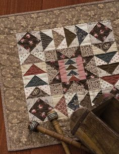 Civil War Legacies IV: 14 Time-Honored Quilts for Reproduction Fabrics (That Patchwork Place) Primitive Quilts, Antique Quilts, Scrappy Quilts, Mini Quilts, Baby Quilts, Quilting Projects, Sewing Projects, Quilting Ideas, Mini Quilt Patterns