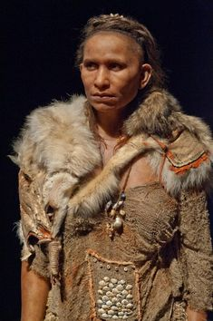 Reconstruction of an Upper Paleolithic woman who was found in the Abri-Pataud, France by Élisabeth Daynès