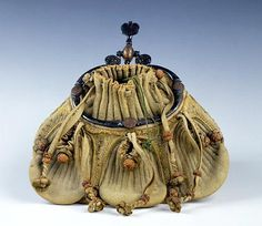Out of range French School - Purse, 16th century, French