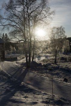 Norrlandsvinter från sovrumsfönstret i Katrineberg Photo Folder, Country Roads, Celestial, Sunset, Outdoor, Pictures, Outdoors, Sunsets, Outdoor Games