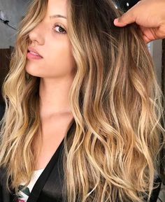 Balayage hair colors 2018 are amazing technique to give you an amazing and awesome hair look. Check out in this post the best ideas of fresh balayage hair colors for long, short, medium and curly haircuts in 2018.