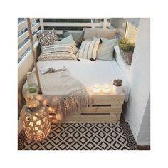 big bed small balcony deco - Home Deco - Balkon Deco Design, Design Case, Design Design, Design Room, Sofa Design, First Apartment, Apartment Living, Cozy Apartment, Apartment Ideas