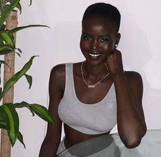 black women beautiful in Beautiful Dark Skinned Women, My Black Is Beautiful, Beautiful Women, Black Girls Rock, Black Girl Magic, Afro, Brown Skin Girls, Dark Skin Beauty, Ebony Beauty