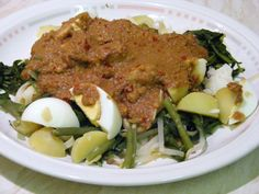 This is an usual Gado Gado served in Indonesia.