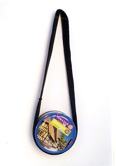 A bag made from a cookie box, which is apparently impervious to alarm detectors. YOMANGO