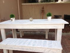 Table made out of pallets