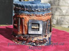 Textile cuff using a pair of old jeans. tutorial