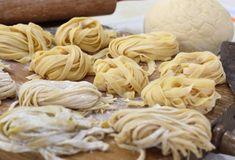 Friss tészta Fresco, Robin Food, Queso Manchego, Food Styling, Almond, Garlic, Food And Drink, Lunch, Vegetables